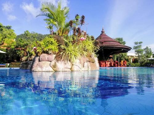 . Try Palace Resort