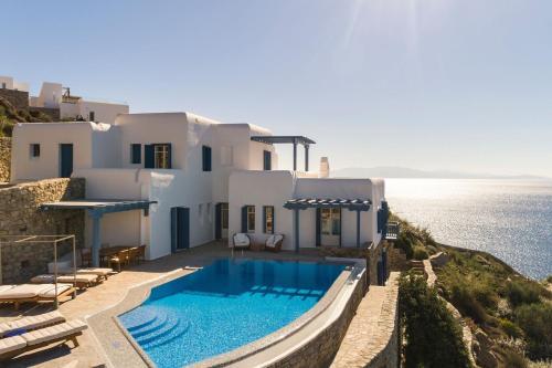 Excellent Mykonos Villa Villa Ambrosia 5 Bedrooms Stunning Sea Views Psarrou