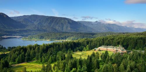 . Skamania Lodge
