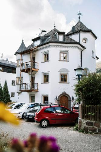 Residence Castel - Apartment - St Ulrich / Ortisei