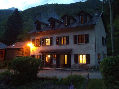 Auberge Les Myrtilles - Hotel - Couflens