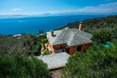 Great Pelion Villa Villa 2 Cypresses 4 bedrooms Private Pool Aghios Georgios - Accommodation - Pilion