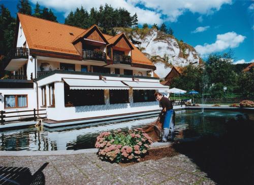 . Hotel-Restaurant Forellenhof