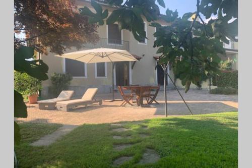 A CASA DI SISSI - Apartment - Biella