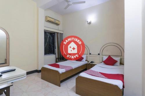 . OYO 27783 Hotel Rajmahal Inn