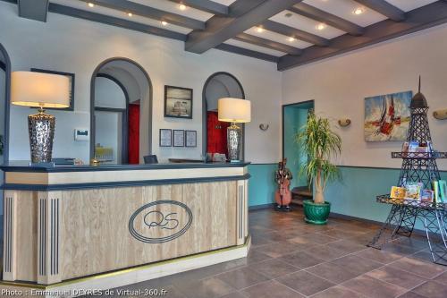 . Queen Serenity Hotel