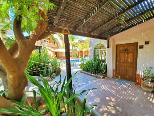 . Coco Cabañas & Casitas Vacation Rentals
