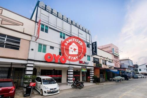 . OYO 718 Mr J Hotel Wakaf Che Yeh 1