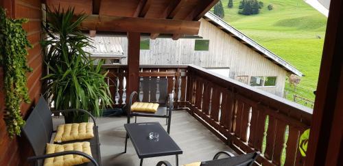 Bauernhof Sot Curtegns - Apartment - Savognin