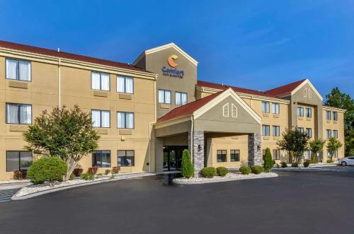 . Comfort Inn & Suites Troutville - Roanoke North / Daleville