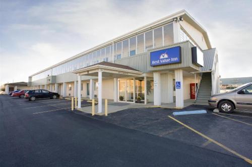 America's Best Value Inn Litchfield - Accommodation