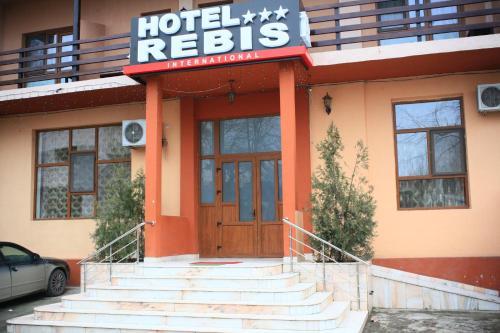 . Hotel Rebis