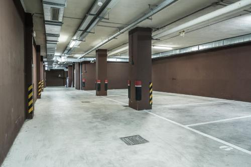 Double or Twin Room with Parking Pamplona Catedral Hotel 8