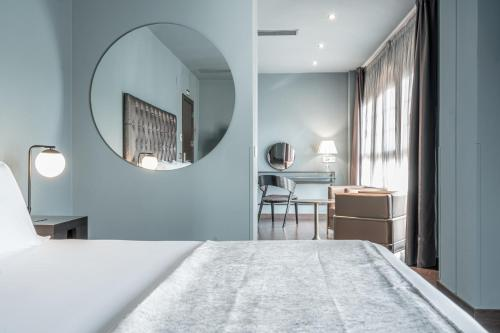 Suite Pamplona Catedral Hotel 18