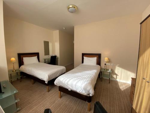 Royal Hotel - Photo 2 of 39