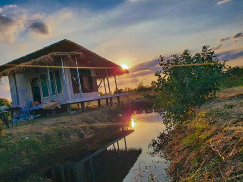 บ้านไร่ลุงโทนี่ Tony's farm, Muang Lop Buri