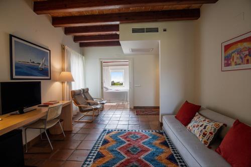 Suite Hotel Tancat de Codorniu 7