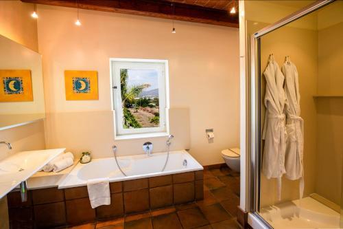 Suite Hotel Tancat de Codorniu 8