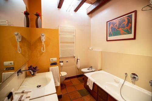 Suite Hotel Tancat de Codorniu 1