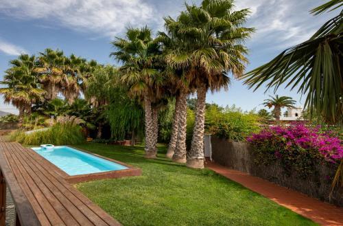 Habitación Cuádruple Deluxe con piscina privada Hotel Tancat de Codorniu 4