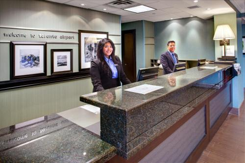 Hampton Inn & Suites Toronto Airport Ontario in Mississauga
