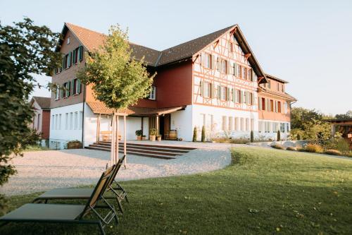 Gasthof Sunnebad - Accommodation - Sternenberg