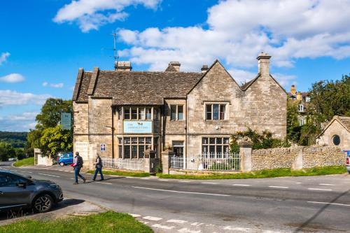 . Amberley Inn