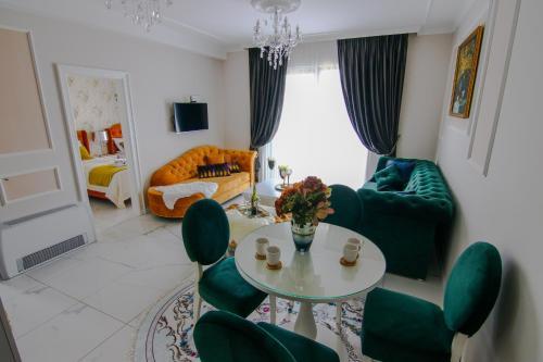 Adonis 105 - Hotel - Zlatibor