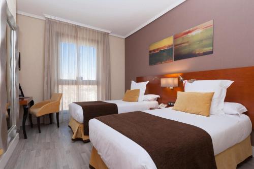Hotel Puerta de Toledo - image 4