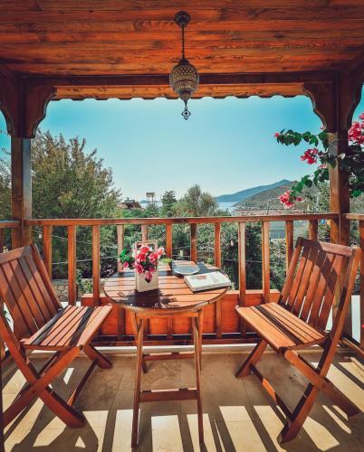 Accommodation in Davras