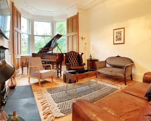 Oakshaw Apartment - Paisley