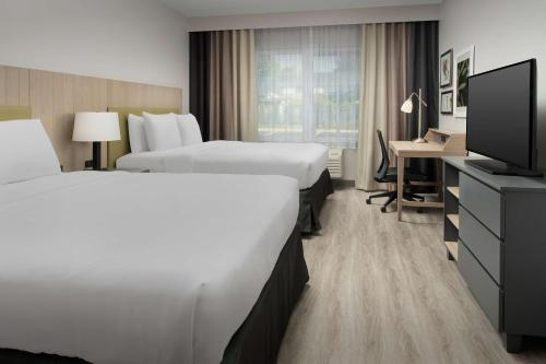 2 Queen Beds-Premium Room-Non-Smoking