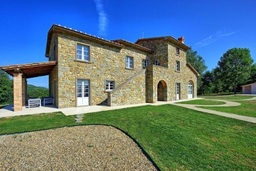 Gambaroncia Villa Sleeps 10 Pool WiFi - Hotel - Santa Cristina (Val Gardena)