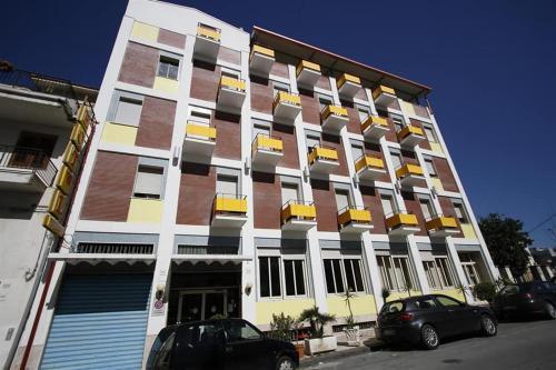 . George Hotel