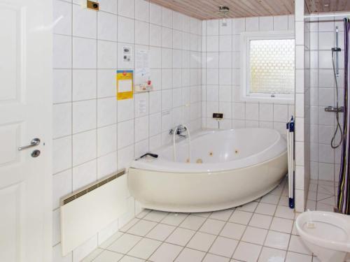 . Three-Bedroom Holiday home in Hemmet 5