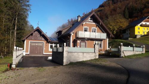 Ferienhaus Gerlach - Apartment - Hintersee