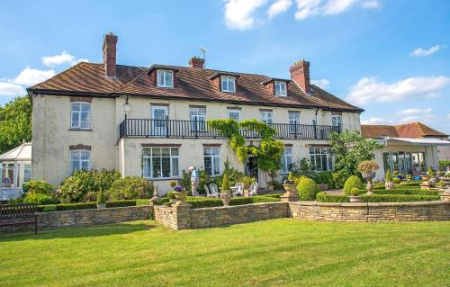 . Grange Country Guest House (Non Smoking)
