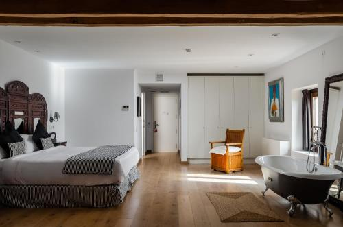 Suite Sant Pere del Bosc Hotel & Spa 7