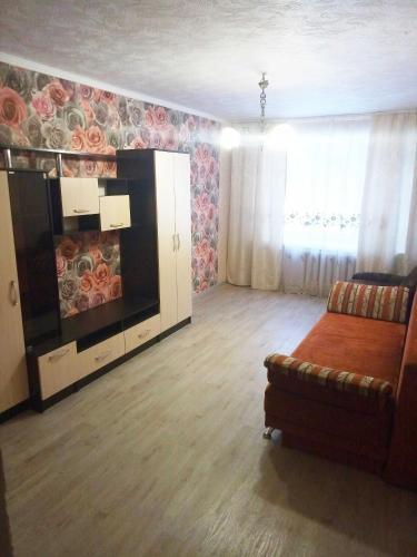 . Apartment on Aeronavtov