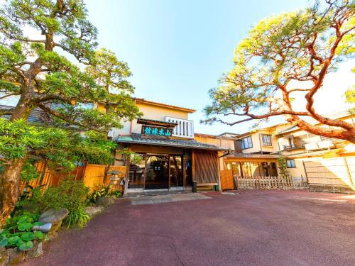 Atami Onsen Yamaki Ryokan - Accommodation - Atami