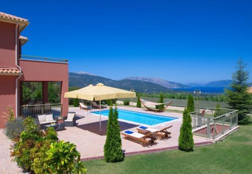 Grizata Villa Sleeps 5 with Pool and Air Con