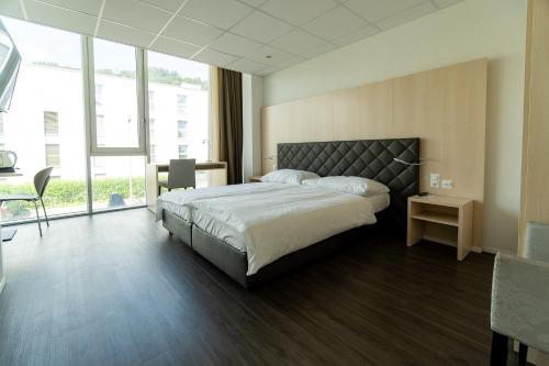Aparthotel Hine Adon Bern Airport - Accommodation - Belp