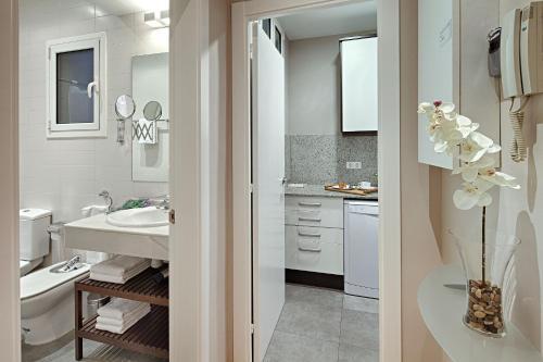 Habitat Apartments Batlló photo 9