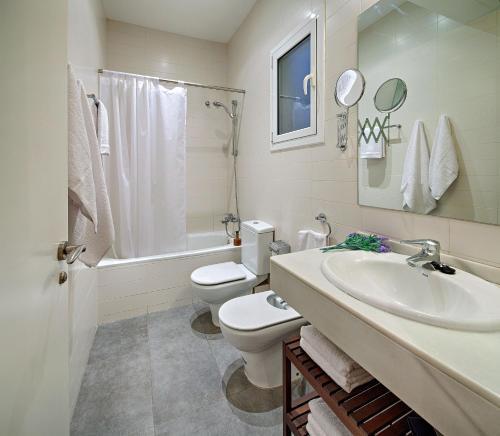 Habitat Apartments Batlló photo 10