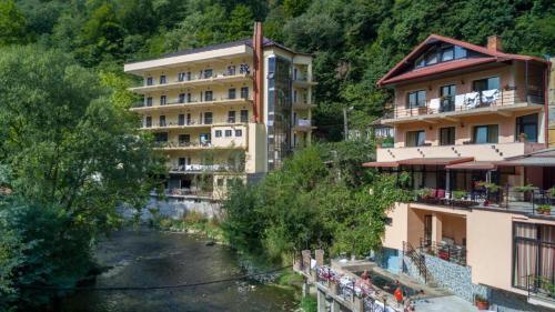 . Hotel Holiday Maria