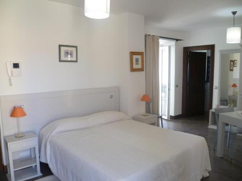 Pusiau liukso numeris su terasa (Junior Suite with Terrace)
