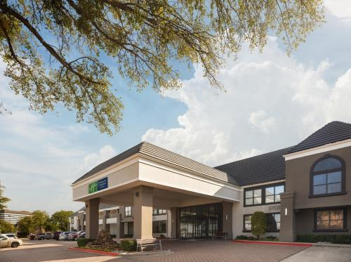 Holiday Inn Express Hotel & Suites Irving DFW Airport North - Coppell, Texas