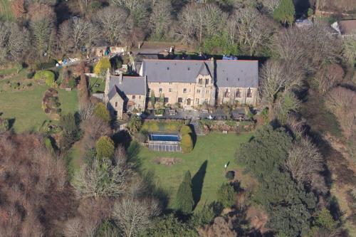 Peregrine Hall, Lostwithiel, Cornwall