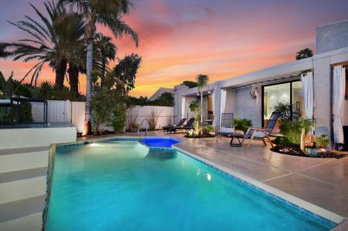 . Modern Palm Springs Condo
