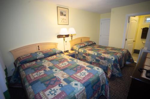 Stardust Motel - Camrose, AB T4V 0K2